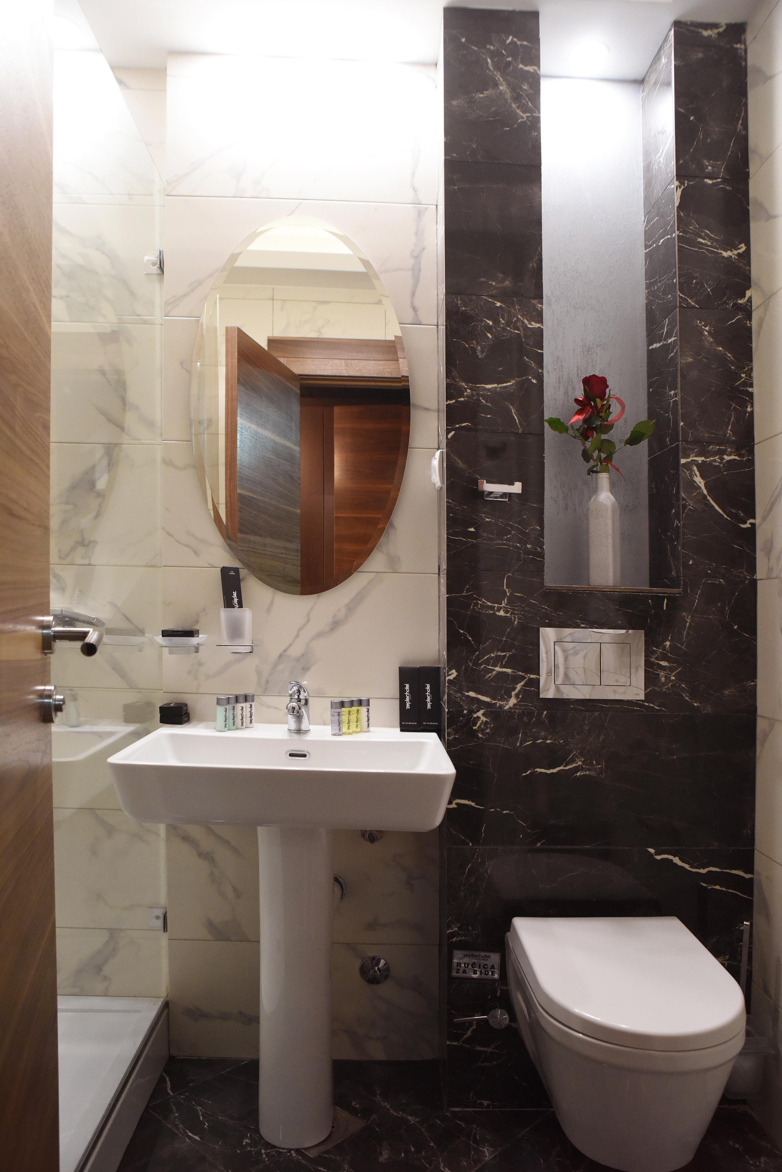 Kupatilo u lux sobi, Zepter Hotel Vrnjačka Banja
